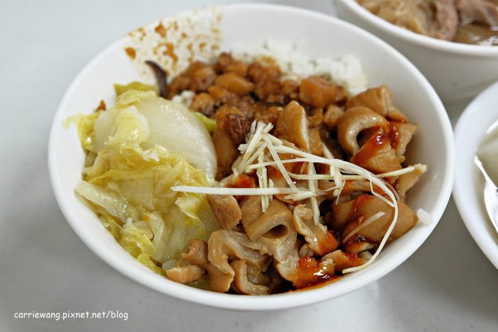 0016 728x0 - 【台中太平】阿清香菇肉燥飯 當歸鴨麵線。營業至宵夜時段的台式小吃
