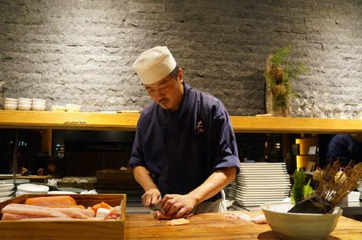 2015 08 10 101018 728x0 - 【熱血採訪】台中日本料理 本壽司 無菜單料理 情人節 父親節雙人套餐好超值 內含巨無霸玫瑰蟹