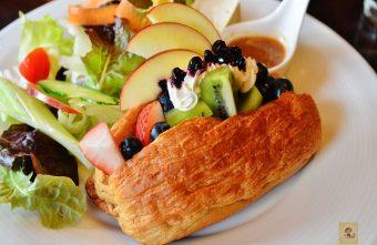 2015 09 09 190547 340x221 - 【台中西區】畢洛雅咖啡館~精緻且平價美味的早午餐,環境幽靜,有無線網路和插座,適合讀書和工作的好地方