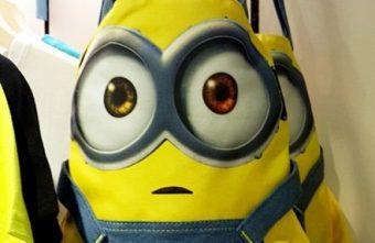 2015 10 05 104803 340x221 - 《台中血拼》小小兵專賣櫃設點老虎城囉!T恤、娃娃、包包、手機殼通通有~快來裝萌耍可愛!