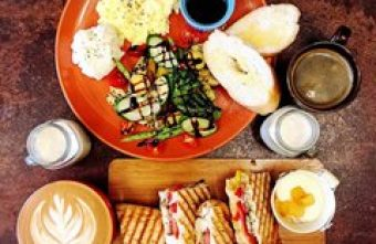 2015 11 02 100144 340x221 - 藏身西屯巷弄的早午餐小店《拾陌Shimo》,帕尼尼表現不錯值得一試~