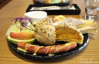 [台中]Single leaf片葉居--來份好吃的早午餐,這裡是有貓的咖啡廳唷!@北區 太原路