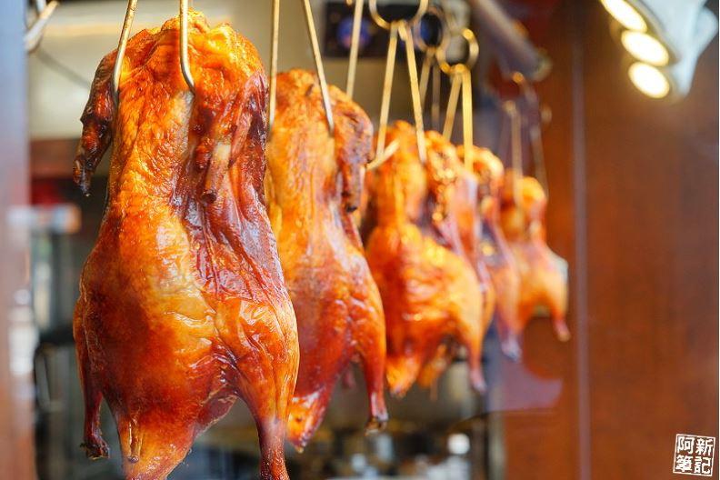 台中烤鴨有什麼好吃的?10間台中烤鴨鹹酥、片鴨、剁盤、炒骨懶人包