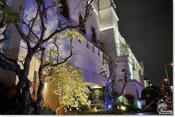 2017 01 24 201710 728x0 - 『熱血採訪』 芭蕾城市渡假旅店Villa Ballet-歐洲古典城堡風的城市Villa概念旅店,打造環遊世界主題套房,以「一房一庭園」的舒氧空間、「旅館即景點」的設計概念。