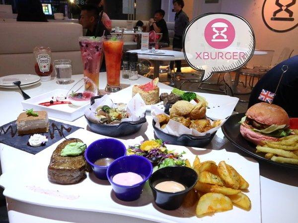 2017 09 04 133504 - 熱血採訪│X-Burger南屯深夜美式餐廳,越晚越美的派對風格,提供漢堡、牛排、義大利麵等創意料理與甜點~每天還有推出不同的優惠活動唷!!