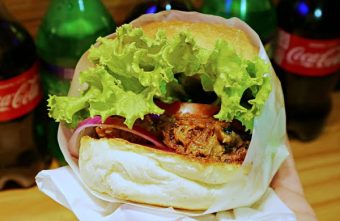 2017 10 23 105715 340x221 - 台中全區│吃尛美式手作漢堡。今天你想吃哪種漢堡?漢堡肉竟然都噴出鮮美肉汁啦!