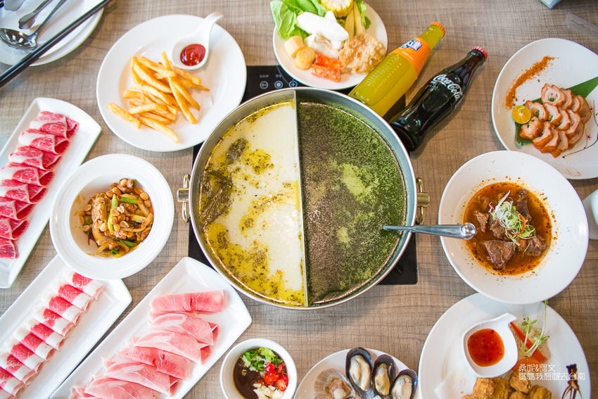 【台南】主題餐廳!不僅吸睛~料理也美味!!!還有酒類飲品喝到飽!格樓主題餐廳