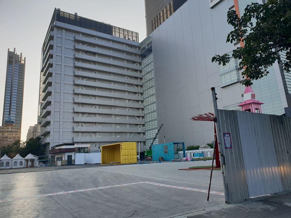 2018 12 21 025803 - UNO市集不到一年悄悄熄燈?內部建築已陸續拆除,貌似要重新改裝