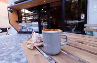玖安飛飛-北區有設計感的咖啡館.吃輕食喝咖啡再來份下午茶甜點~
