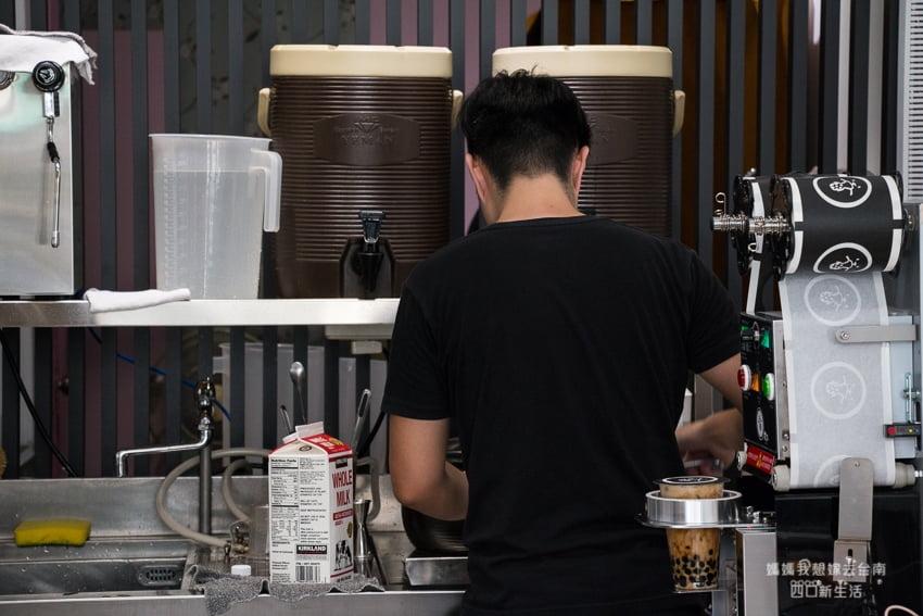 2018 04 18 173431 - 台南飲料推薦│濃郁黑糖香手炒黑糖系列飲品,咕溜咕溜就喝完了