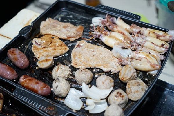 2018 07 12 222325 - 澎湖吃到飽餐廳│一品無煙燒烤380牡蠣海鮮肉品吃到飽,澎湖BBQ市區也有