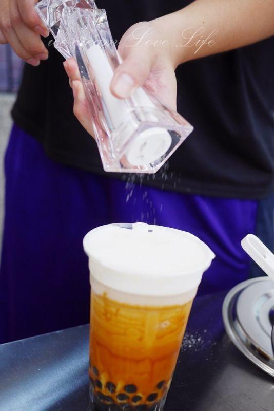 熱血採訪|金享綠豆沙牛奶一中店,浮誇妹仔打卡飲料極棉黑糖乳
