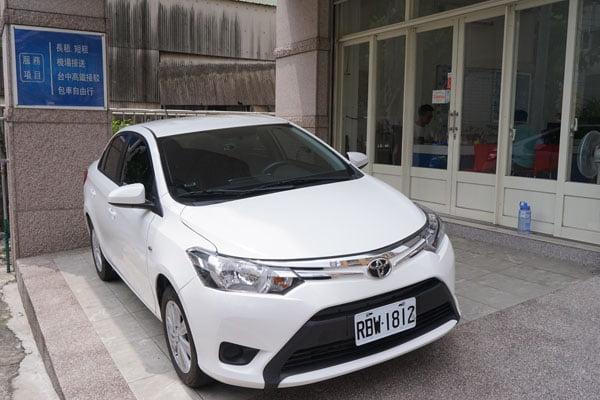 台中租車│遠賓租車中港轉運站租車,我租了最後一台被撞車的真實經驗