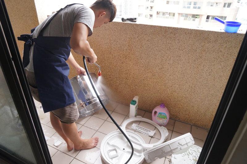 2018 08 21 161617 - 熱血採訪│洗樂優清潔家台中洗衣機清洗,你家的洗衣機有多久沒清了呢?