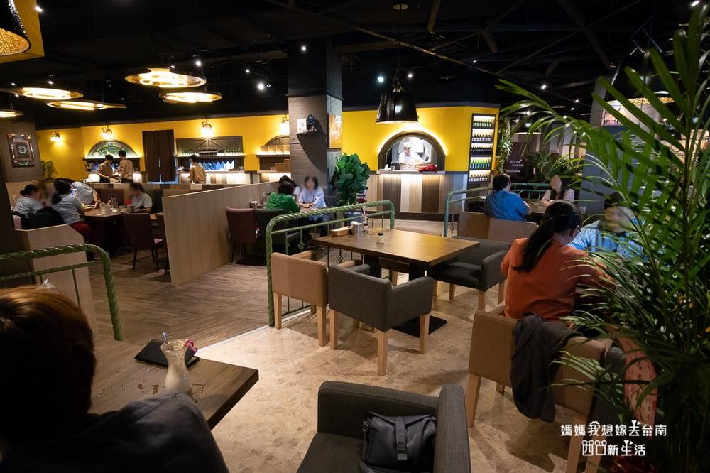 2018 10 12 204111 - 熱血採訪 | 台南Focus新店快報~ 8間新餐廳!! 喬義思窯烤手作廚房也在這裡呦