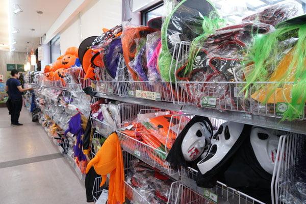2018 10 23 095717 - 熱血採訪│北區百坪玩具批發店新開幕,萬聖節必逛系列都在這