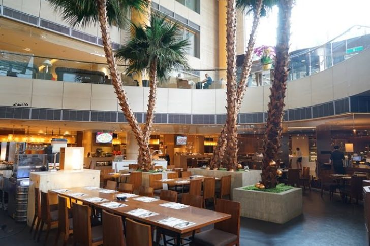 2018 11 13 192055 728x0 - 尾牙聚餐︱裕元花園酒店自助餐 溫莎咖啡廳buffet吃到飽 買餐券卡便宜