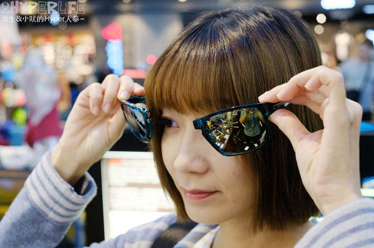 2018 12 07 224433 728x0 - 熱血採訪│前開式全功能型運動太陽眼鏡,第一間直營門市SLASTIK SHOP就在台中秀泰文心店!還有比基尼和防水包款喔~