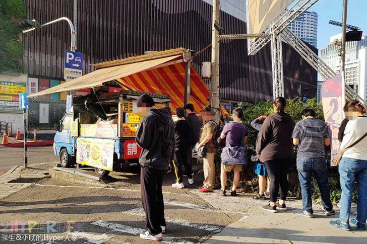 2019 01 21 114621 728x0 - 勤美旁人氣餐車,常常只是要等過個馬路就莫名的排隊買了!炸蛋蔥油餅讓人無法抗拒