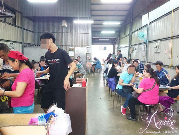 台南體育公園美食│阿輝黑輪,鐵皮屋下的童年記憶
