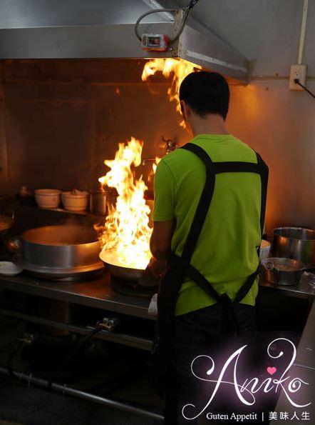 台南炒鱔魚,府前路進福炒鱔魚專家,麻油腰花也不錯