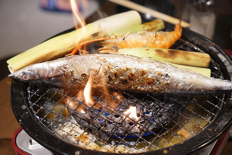 2019 04 01 202747 - 熱血採訪│青海路流水蝦「泰哈HOT蝦」吃到飽,一開幕人潮大爆滿,竟然還有蓄蝦池