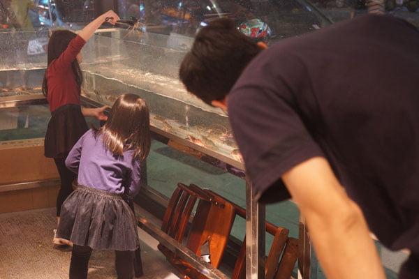2019 04 01 202755 - 熱血採訪│青海路流水蝦「泰哈HOT蝦」吃到飽,一開幕人潮大爆滿,竟然還有蓄蝦池