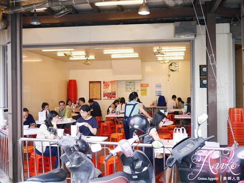 2019 05 02 142710 - 台南早餐選擇之一,觀光客必吃的阿堂鹹粥,中午12點就結束營業早鳥才吃的到