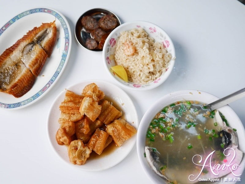 2019 05 02 142732 - 台南早餐選擇之一,觀光客必吃的阿堂鹹粥,中午12點就結束營業早鳥才吃的到
