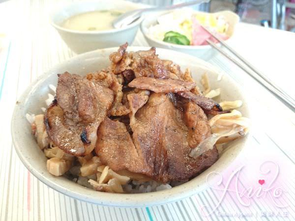 2019 05 03 185254 - 台南永樂市場美食,帶沙拉的永樂燒肉飯,飯後再來個修安扁擔豆花當甜點