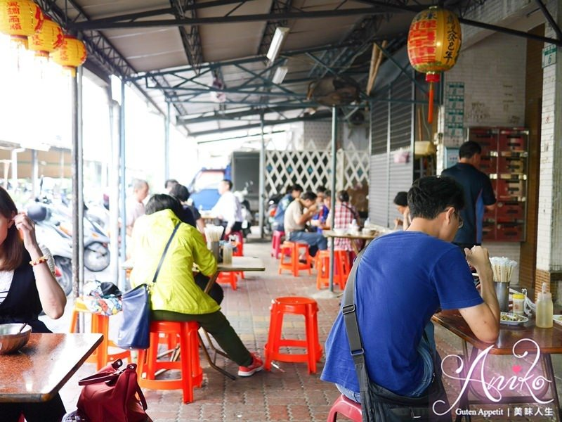 2019 05 06 100932 - 盧家麵食 (里長麵),就是便宜、很便宜、非常便宜的台南平價美食,10元餛飩湯一定要點