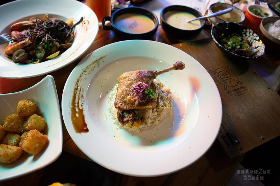 2019 05 27 103230 - 滿滿工業復古風的鐵木匠複合式餐廳,適合聚餐的台南複合式餐廳