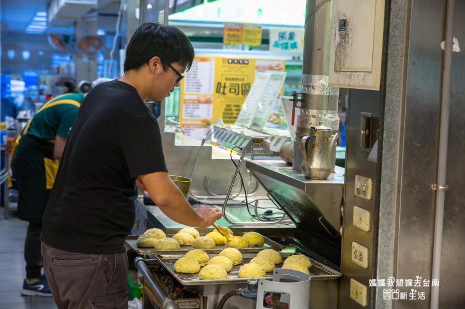 2019 05 29 100953 - 是台南早餐店也是台南宵夜,餐點種類繁多不怕你選的曜陽營養三明治