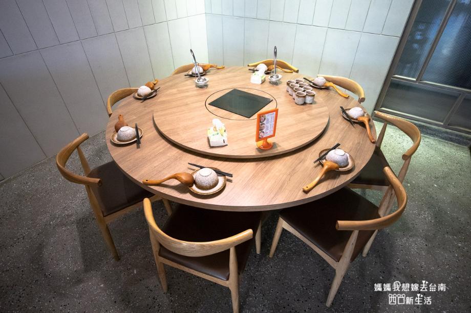 2019 05 29 104759 - 獨特台南火鍋百年中藥房傳人特製,主打食補溫和不燥的德記中藥火鍋