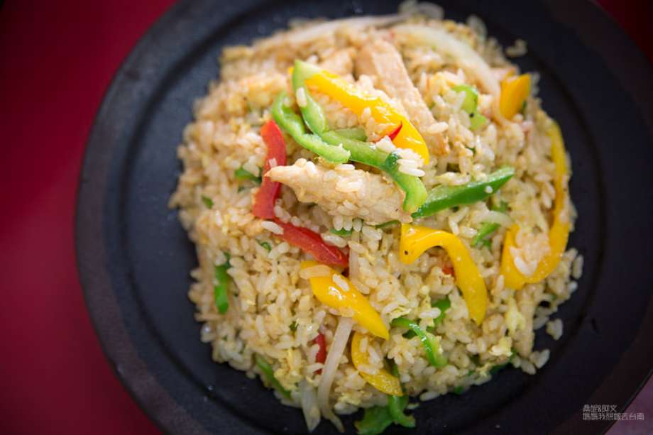 2019 06 06 100429 - 台南東區平價美食可以免費加飯、加麵,價位平易近人、選擇性又多的烘廚