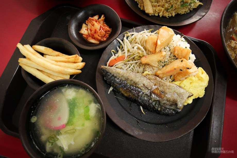 2019 06 06 100433 - 台南東區平價美食可以免費加飯、加麵,價位平易近人、選擇性又多的烘廚