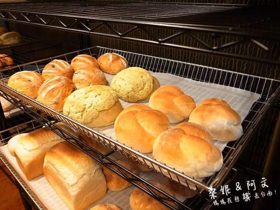 2019 06 10 115218 - 一開店就秒賣光的五吉堂,隱藏在巷弄中排隊台南麵包店