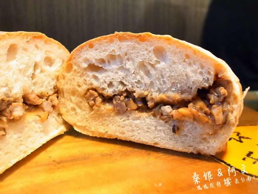 2019 06 10 115224 - 一開店就秒賣光的五吉堂,隱藏在巷弄中排隊台南麵包店