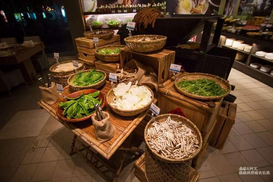 2019 06 12 102337 - 藝術轉角 東東蔬食鍋,不僅是蔬食者天堂、葷食朋友也沒問題的台南蔬食火鍋