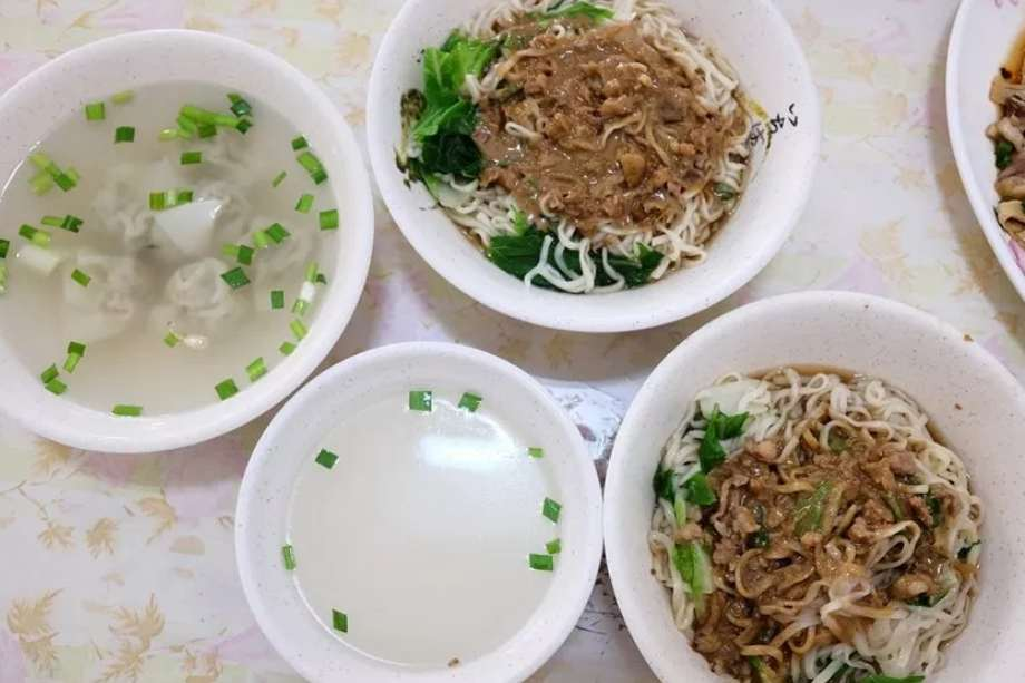 2019 06 13 103523 - 台南安南區美食│地人在吃的鄉味小吃坊,外觀看起來普通,用餐時刻人潮多