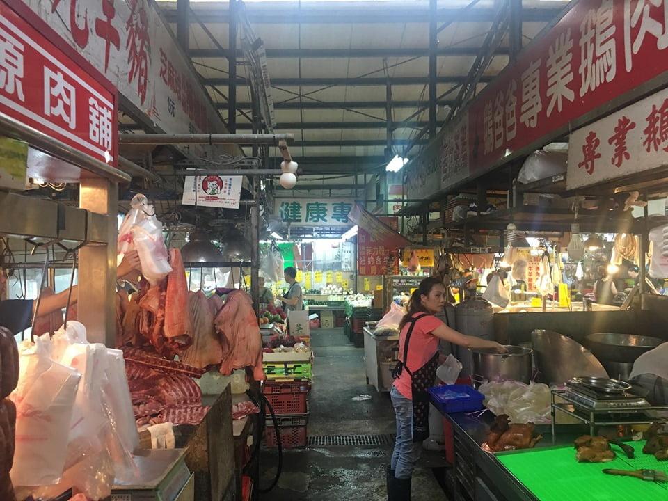 2019 09 02 151554 - 北平路黃昏市場美食,壽司、烤鴨、滷味都在這