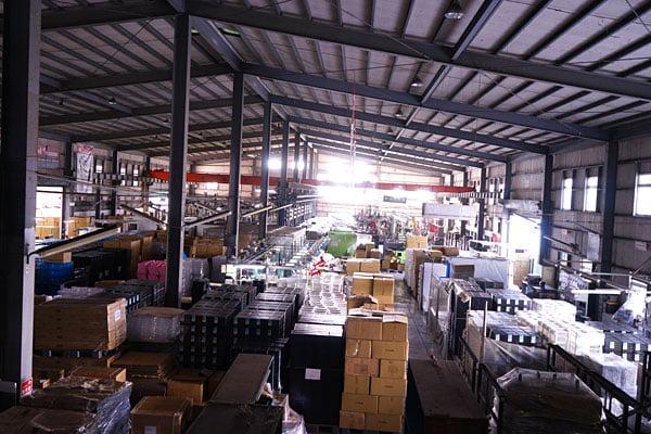2019 11 01 220834 - 熱血採訪│一年只有五天,隱藏在烏日工廠鐵皮屋中的神秘市集