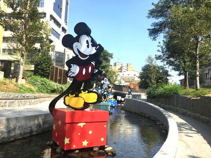 2019 11 26 135015 728x0 - 2019台中迪士尼主題耶誕夢想世界!綠川水岸現場布景搶先看
