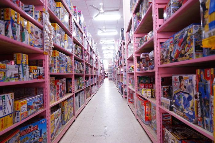 2020 01 19 201633 - 熱血採訪│台中玩具批發店擴大營業,生活百貨通通有、過年期間也有營業