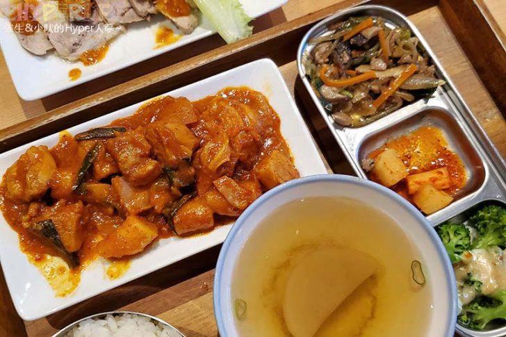 2020 01 24 224231 728x0 - 中友百貨後方平價韓式料理,小小店面總是塞滿人~KBAB大叔的飯卷菜單改版後沒賣飯卷囉!