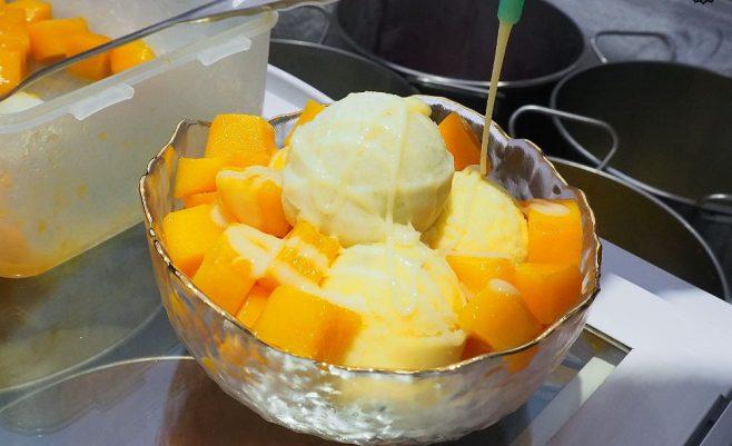2020 05 28 195113 658x401 - 熱血採訪   白色小清新冰品店,食菓綿綿冰,當季水果製作綿綿冰,銅板價三球只要$50元超划算~