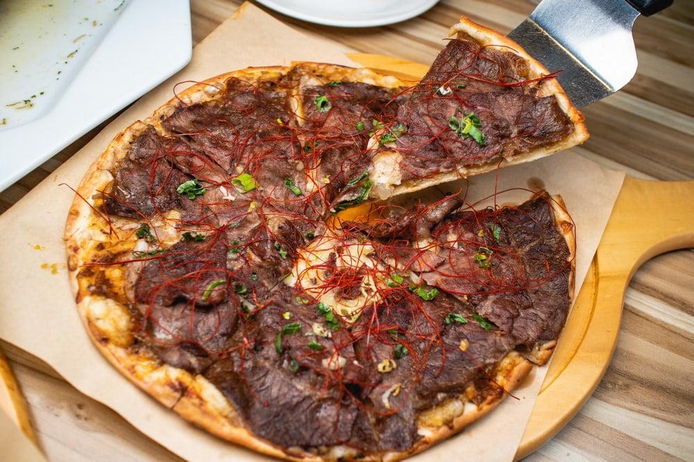 2020 06 05 193946 - 熱血採訪 | 整隻鹿野土雞、懶人蝦披薩、巨無霸豬肋排通通吃起來每人只要300多!